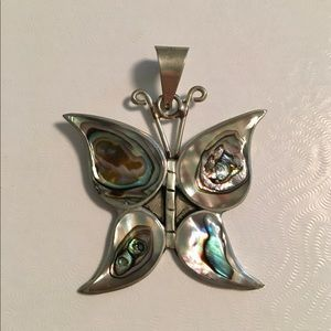 Jewelry - Butterfly Shell Necklace Pendant